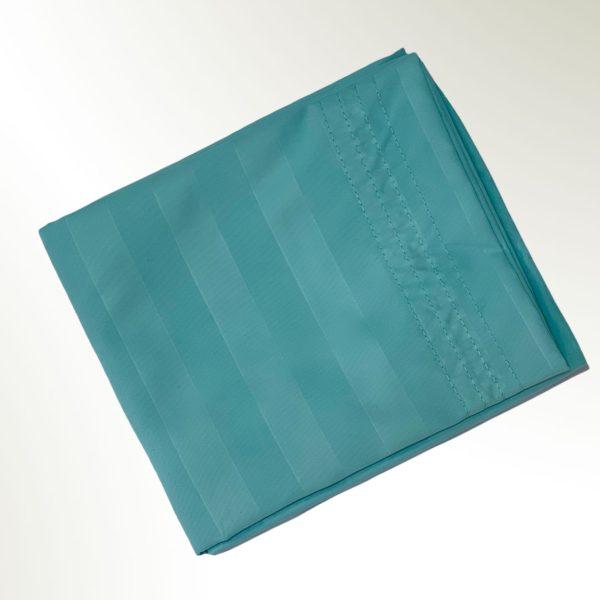 Funda de almohada doblada en rectangulo aguamarina