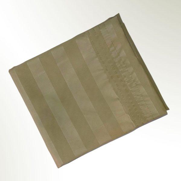 Funda de almohada doblada en rectangulo Beige