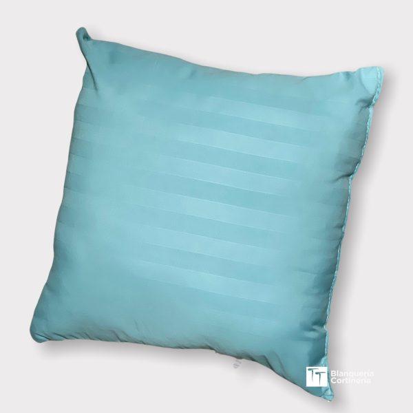 Almohadon relleno de vellon color aguamarina