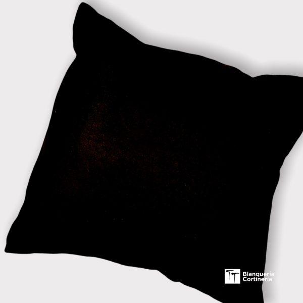 Almohadon relleno de vellon color negro